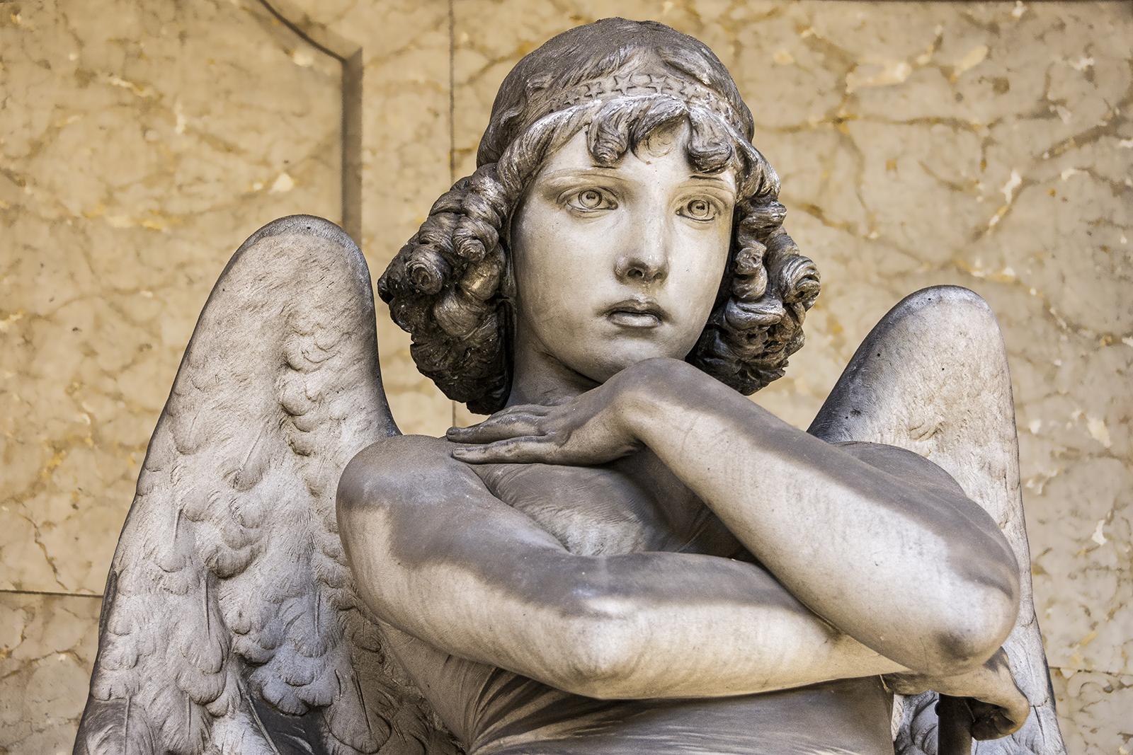 4-T. Oneto...questo angelo è forse il più bello...è detto 'l'imperturbabile'(Angelo di Monteverde)